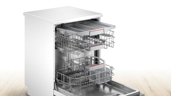 BOSCH 6 Programmes Dishwasher SMS4HMW26M